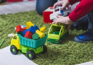 4 ways to go green and save money on kid's toys and gear