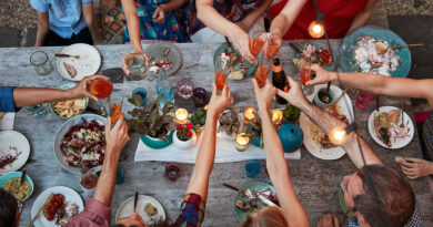 How to Host Eco-Friendly Summer Parties and BBQs